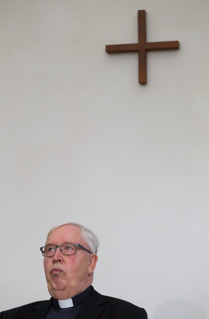 Pressekonferenz mit Bischof Norbert Trelle zur gestern gesendeten WDR-Reportage