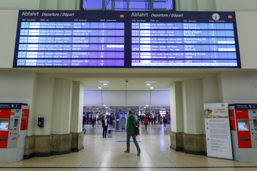 Bahnverkehr wieder aufgenommen
