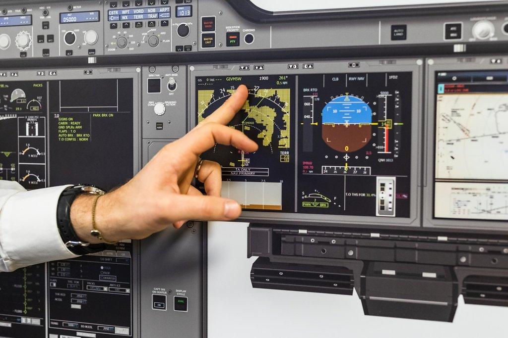 Joko im Flugsimulator