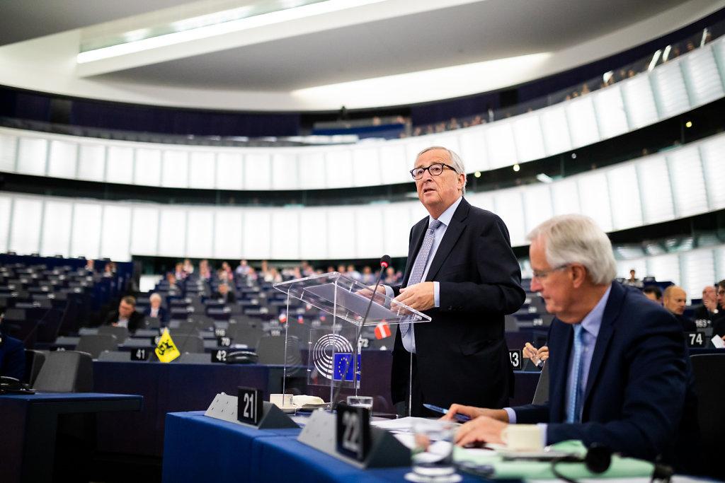 Brexit-Debatte im EU-Parlament mit Juncker