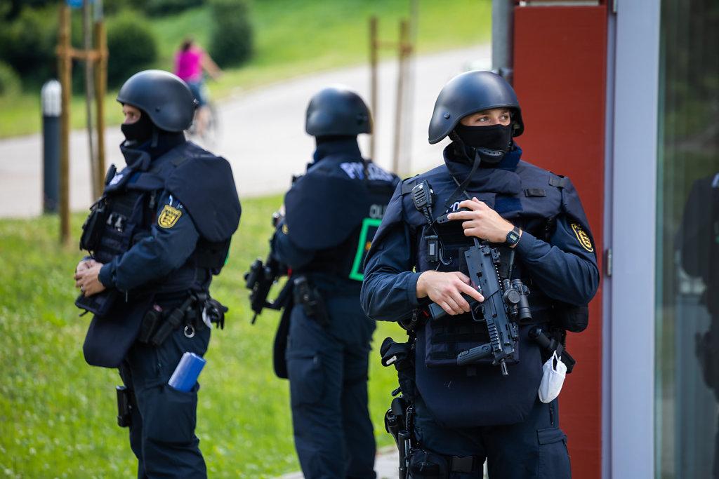 Bewaffneter von Oppenau weiter auf der Flucht