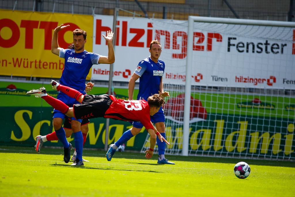Fußball: Testspiel SC Freiburg - Karlsruher SC